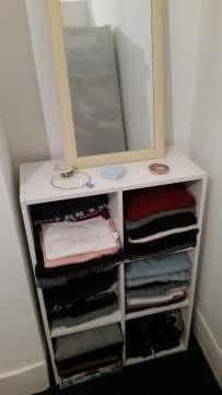 storage unit and mirror