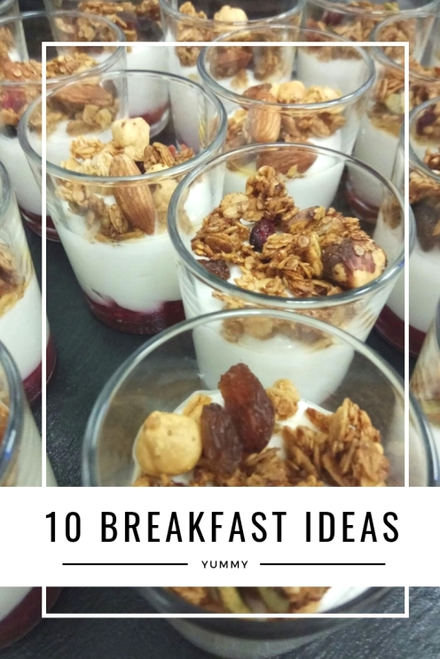 10 breakfast ideas - Granola with yogurt and fruits